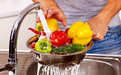 Especialistas sugerem medidas para reduzir exposição das crianças a químicos nos alimentos