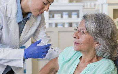 Mais de 1,1 milhões de portugueses com mais de 65 anos já se vacinaram contra a gripe