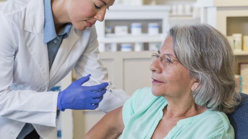 Farmácias de Loures oferecem vacinas para a gripe aos idosos