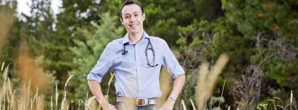 Mais dinheiro e férias visam incentivar médicos a ir para zonas sem clínicos