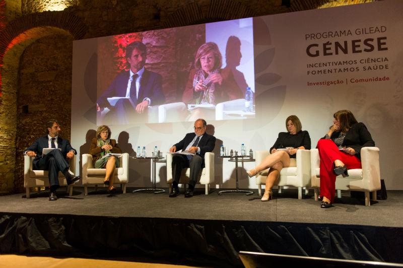 Painel do Programa Gilead Génese constituído por André Albergaria, Maria de Belém Roseira, Jorge Soares, Beatriz Lima e Paula Guimarães