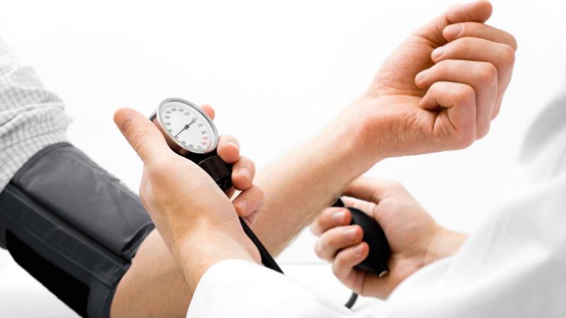 Um terço dos portugueses apresenta níveis de colesterol muito elevados