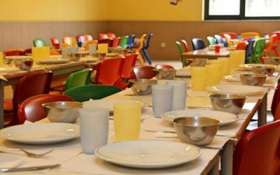 Pais insistem em punição para quem não cumpre contratos de refeições escolares