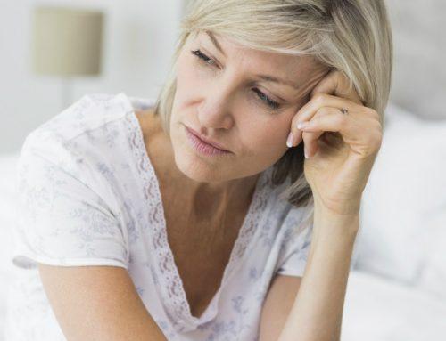 Mulheres na menopausa ou que foram mães há pouco tempo mais vulneráveis à covid-19