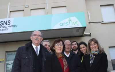 USF Mare: Parede com nova unidade de saúde