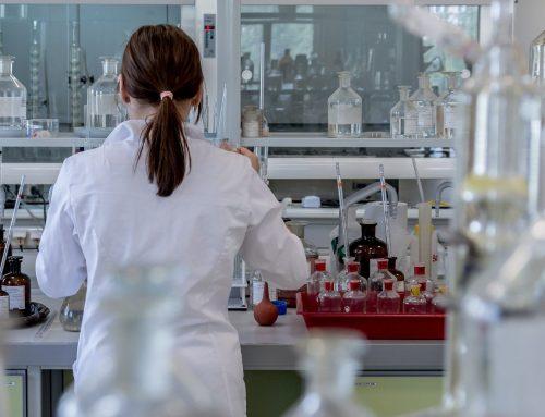 Investigadores usam 35 mil amostras para avaliar infecciosidade de variantes