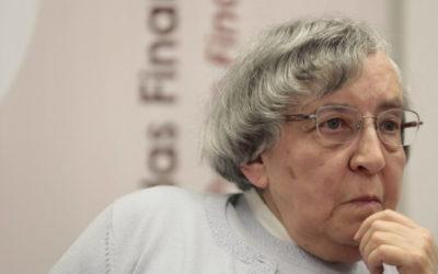 Teodora Cardoso aponta a suborçamentação como causa da má gestão na Saúde