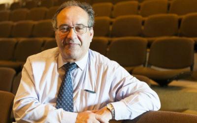 Cirurgião Manuel Antunes vai deixar SNS por limite de idade mas recusa abandonar a atividade