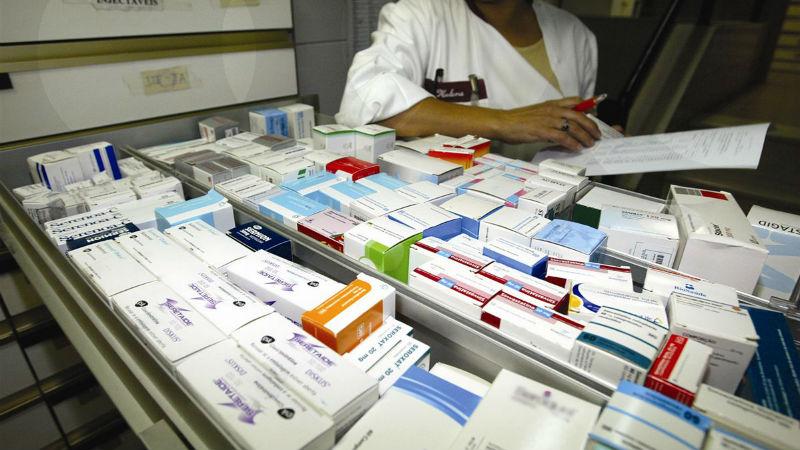 """APED pede ao Governo revisão """"com urgência"""" da lista de medicamentos vendidos sem receita"""