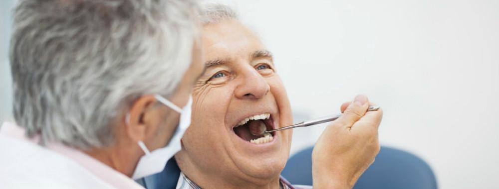 Cheque-dentista só foi usado por 3,5% dos idosos beneficiários