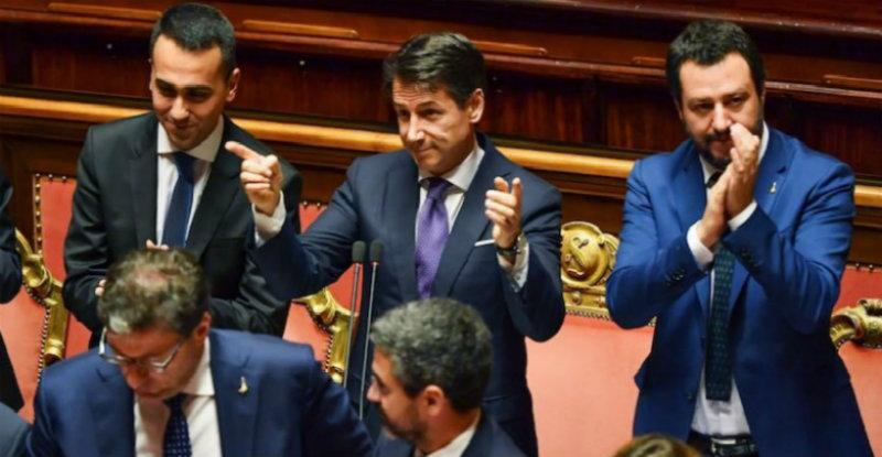 Governo populista italiano aprova lei que acaba com obrigatoriedade de vacinar crianças