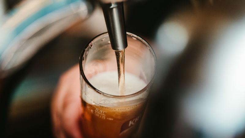 Investigadores procuram diabéticos para testar benefícios da cerveja sem álcool