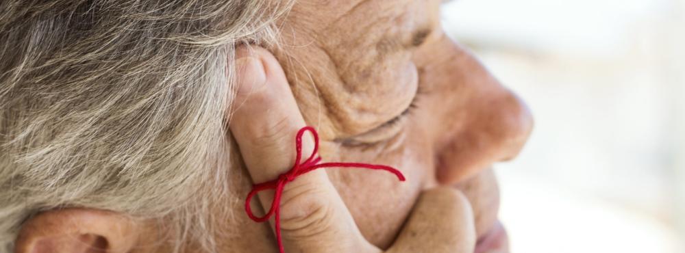 Investigadores identificam possível sintoma inicial da doença de Alzheimer
