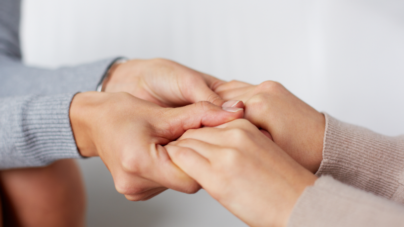 82% dos cuidadores de pessoas com esclerose múltipla assumem que precisam de apoio, conclui novo estudo