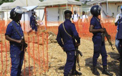 Ébola: Militares e polícia congoleses obrigam a cumprir medidas sanitárias