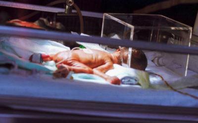 Cabo Verde: mortalidade infantil e fecundidade das mulheres em queda