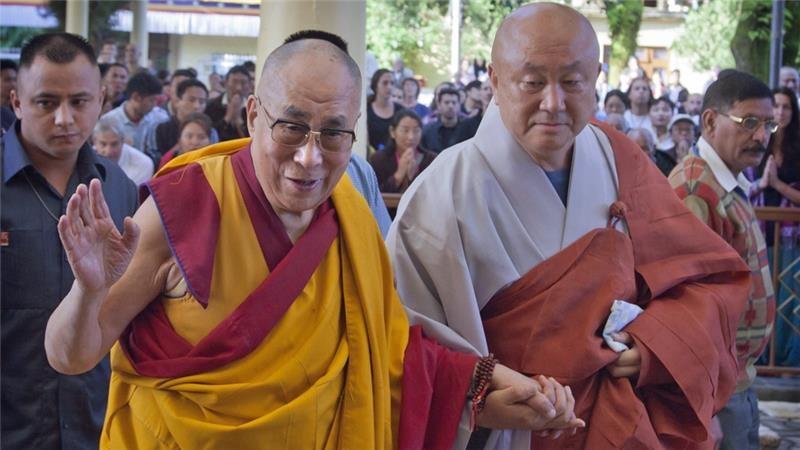 Dalai Lama foi internado mas o seu estado é estável