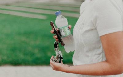 FDA propõe baixar nível de flúor na água engarrafada
