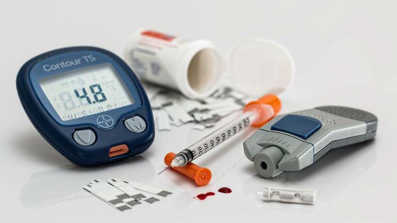 Pessoas com diabetes não têm como descartar agulhas em segurança
