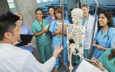Estudantes de Medicina contra criação de novas faculdades