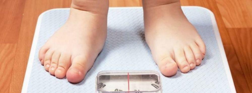 Excesso de peso e obesidade infantil caíram mais de 20% numa década