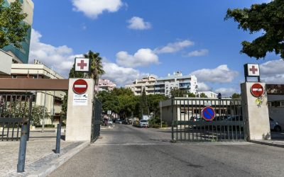 Centro Hospitalar do Algarve preenche escalas com médicos do privado