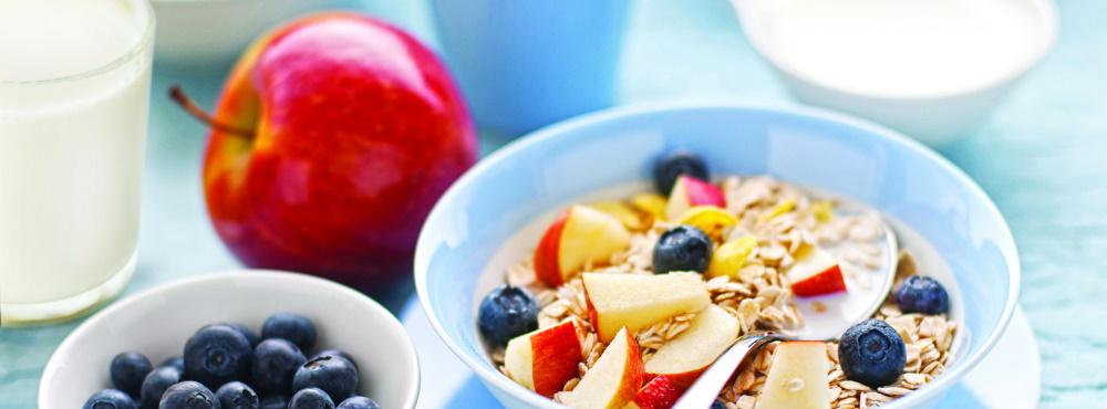 Nutricionistas alertam para importância de pequeno-almoço diário e com fruta nas crianças