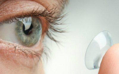 Johnson recolhe lotes de lentes de contacto