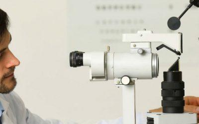 Dupla inconstitucionalidade na ausência de regulamentação da profissão de optometrista