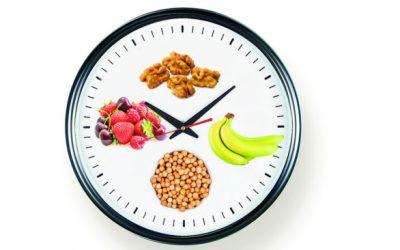 Jejum intermitente leva a perda ponderal e melhora o colesterol