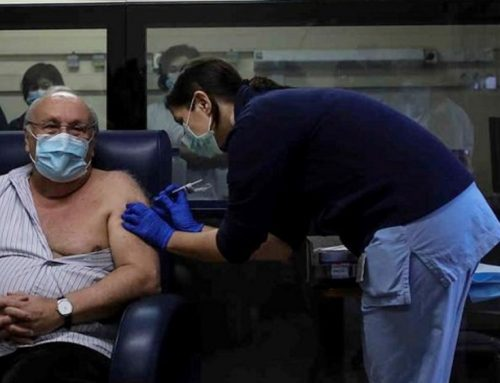 Apenas um terço dos profissionais de saúde tomaram a vacina, diz o SIM