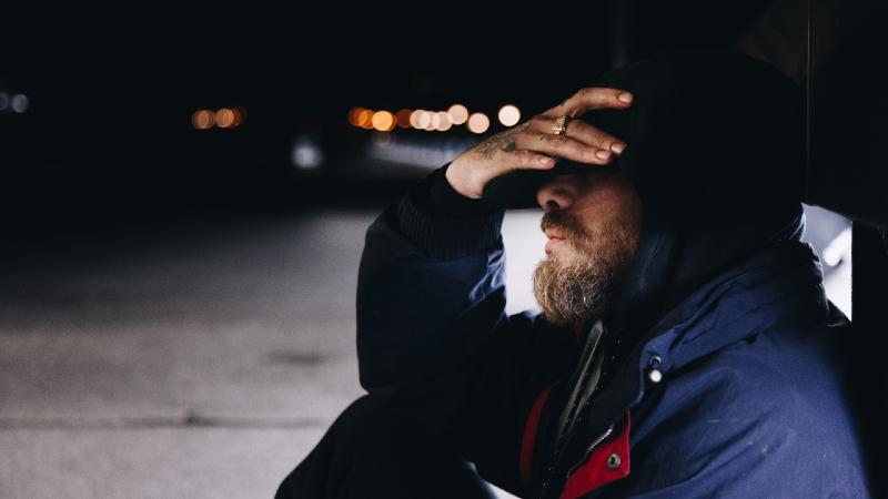 homem dor crónica