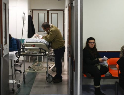 Gripe. SNS tem custo anual de 3300 euros por doente em hospitalizações