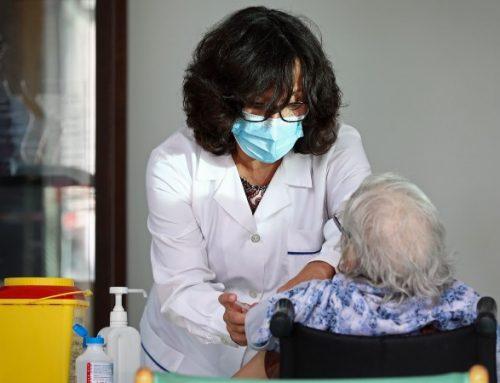 Sem orientações, regiões usam diferentes critérios de chamada para vacinação